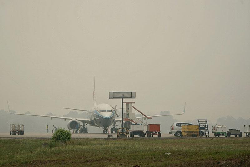 Belasan Penerbangan Delay