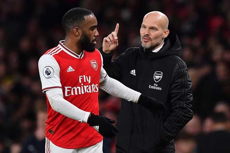 Standard Liege vs Arsenal: Jaga Mood Ruang Ganti The Gunners