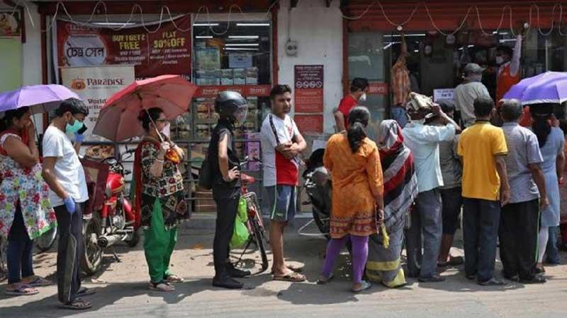 Hari Pertama Lockdown, India Kacau