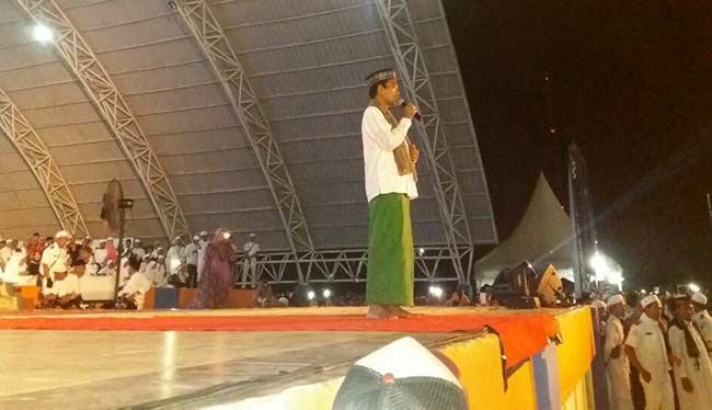 UAS Ajak Warga Pererat Ukhuwah Islamiyah