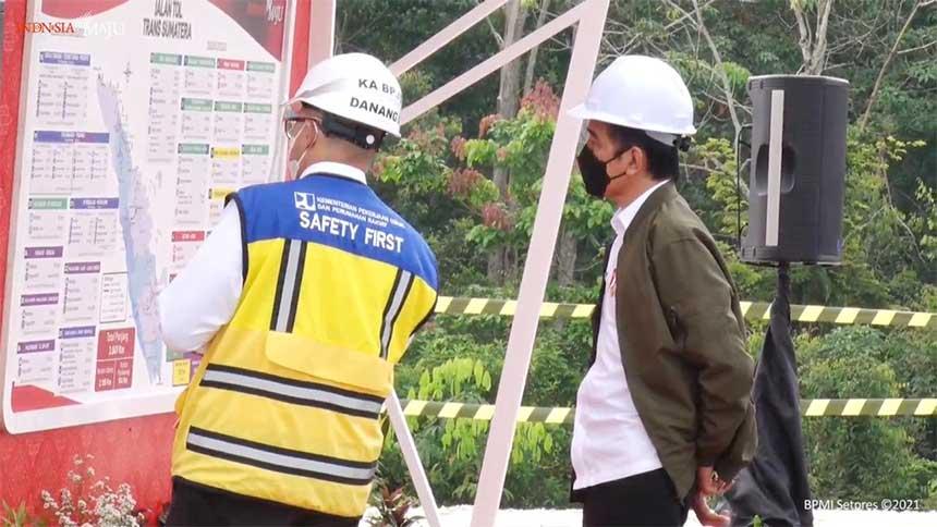 Jokowi Sebut Provinsi Padang, Ini Penjelasan Istana