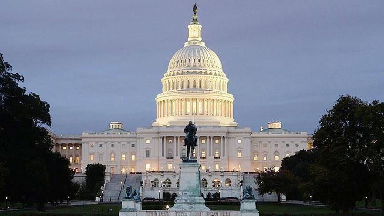 Gedung Putih Terancam, Orang-Orang Dekat Presiden AS Terpapar Corona