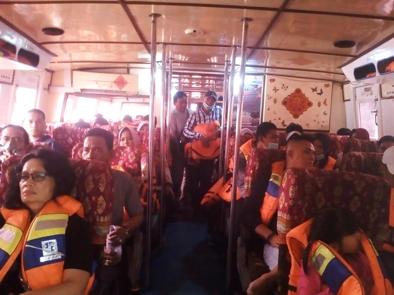 Kabut Asap Tak Halangi Aktivitas Pelabuhan Sungai Duku