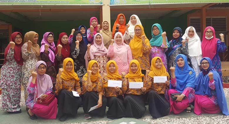 Tim Tari SMPN 9 Wakili Riau di FLS2N Nasional