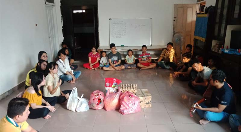 PUB Bodhisattva Mahasthamaprapta Kunjungi Panti Asuhan