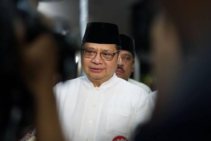 PPKM Luar Jawa Diperpanjang, Airlangga Ungkap Penurunan Kasus Aktif