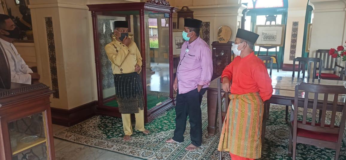 Libur Panjang Siak Banjir Wisatawan, Bupati Cek Prokes di Istana Siak