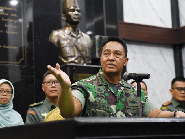 "Viral Istri Anggota TNI AD Posting Tulisan ""Semoga Rezim Segera Tumbang"""