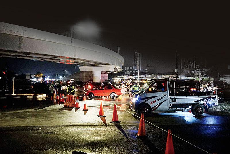 Kamis Malam Terakhir, Penyekatan Jalan saat New Normal Ditiadakan