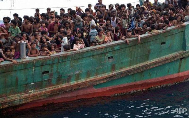 Tak Ada yang Mau Bantu Muslim Rohingya