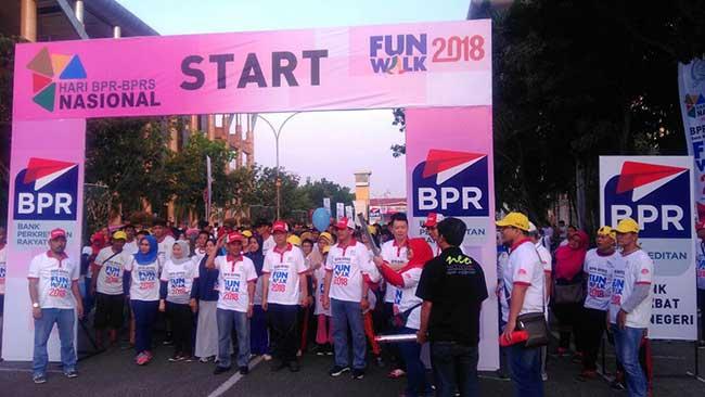 Hari BPR-BPRS, Bangun Literasi Keuangan Indonesia