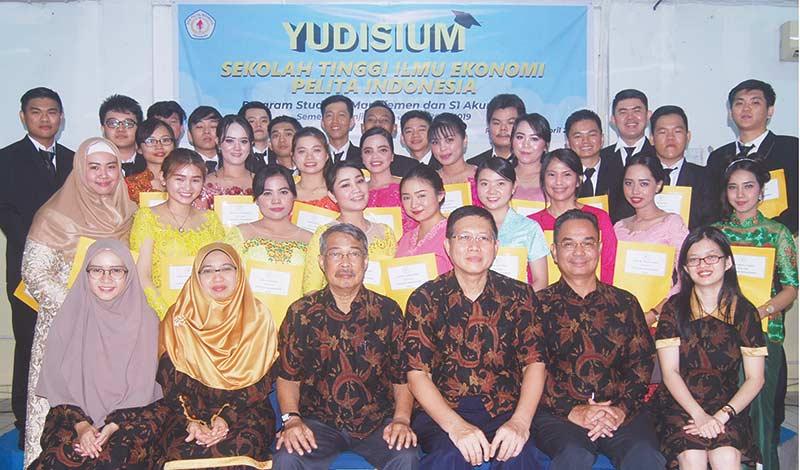 Pelita Indonesia Yudisium 199 Sarjana