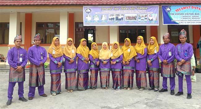 SMP IT Al Izhar Raih Akreditasi A