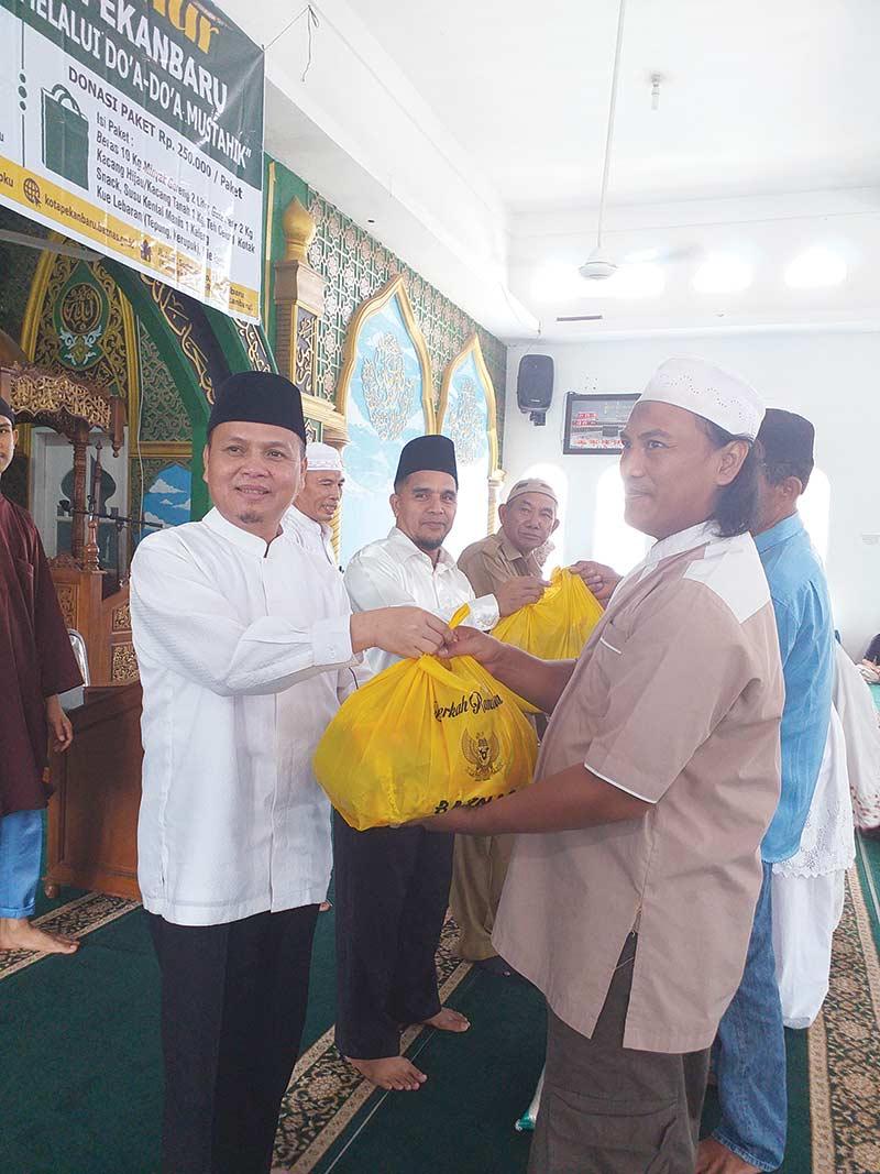 Baznas Pekanbaru Bagikan 2019 Paket Sembako