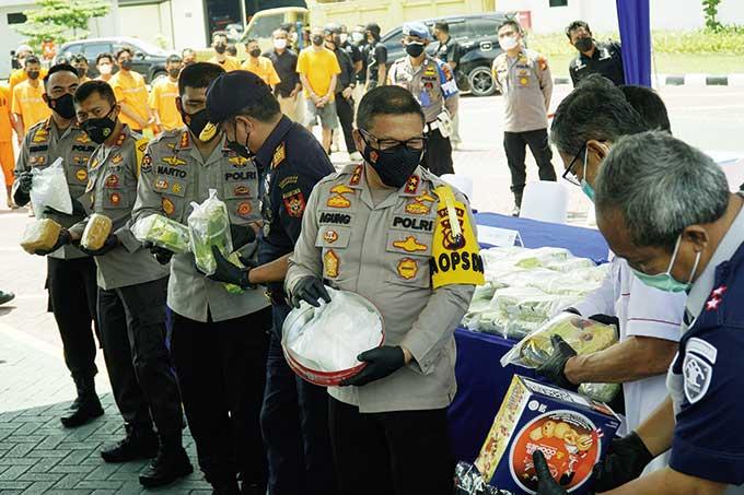 Polda Riau Ungkap 117 Kg Sabu dari 7 Jaringan Internasional