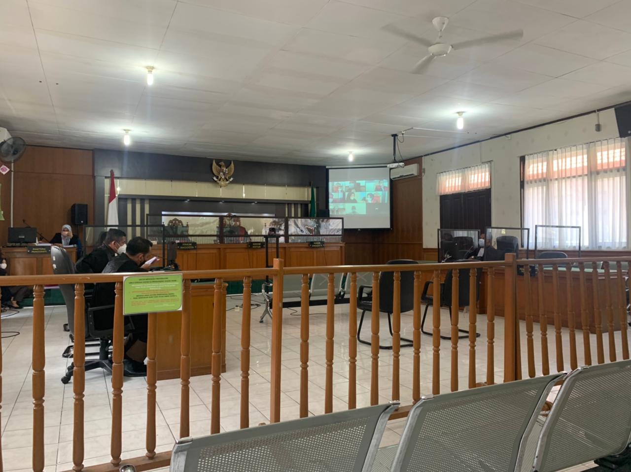 Sidang Dugaan Korupsi, Eks Bupati Kuansing Didakwa Pasal Berlapis