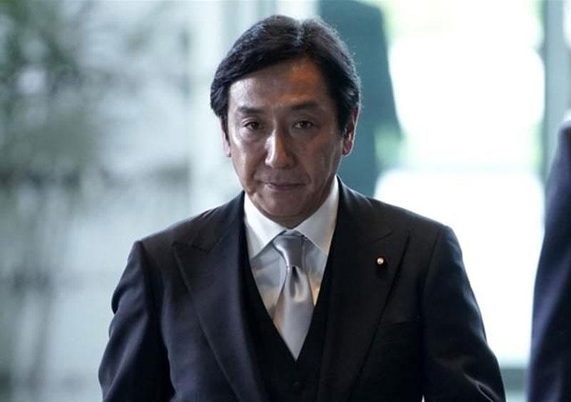 Menteri Perdagangan Jepang Mundur karena Uang Duka