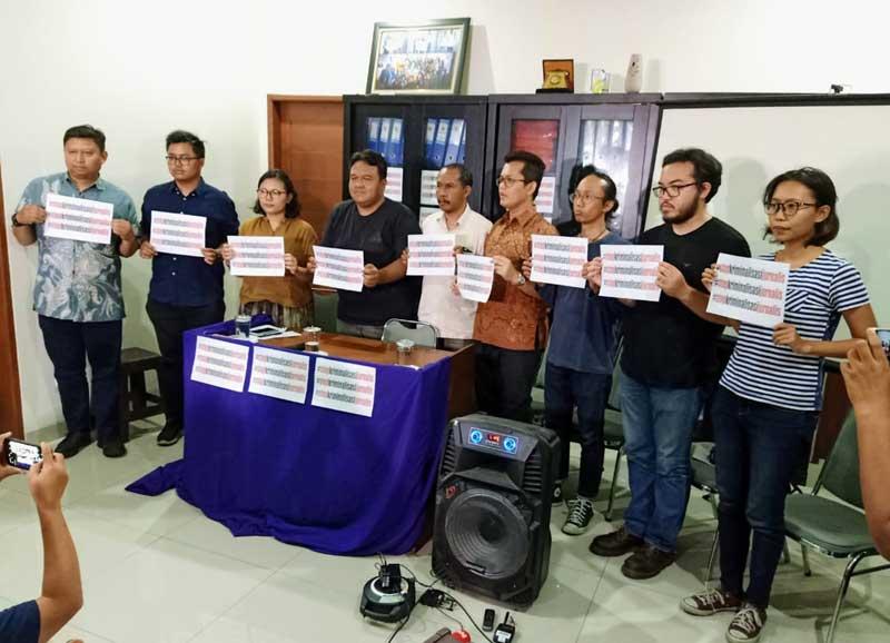 AJI: Stop Teror dan Kriminalisasi Jurnalis