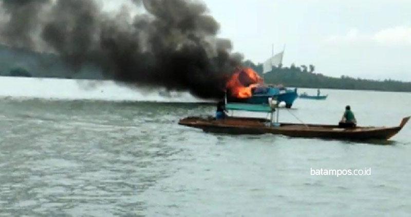 Kapal Penumpang Terbakar, Semua Penumpang Selamat