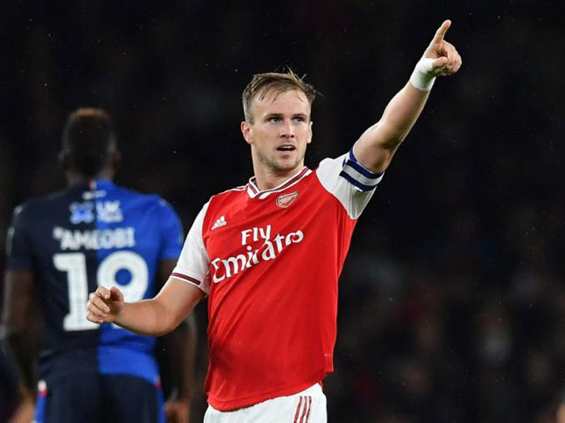 Rob Holding Berharap Jadi Kapten Permanen di Arsenal