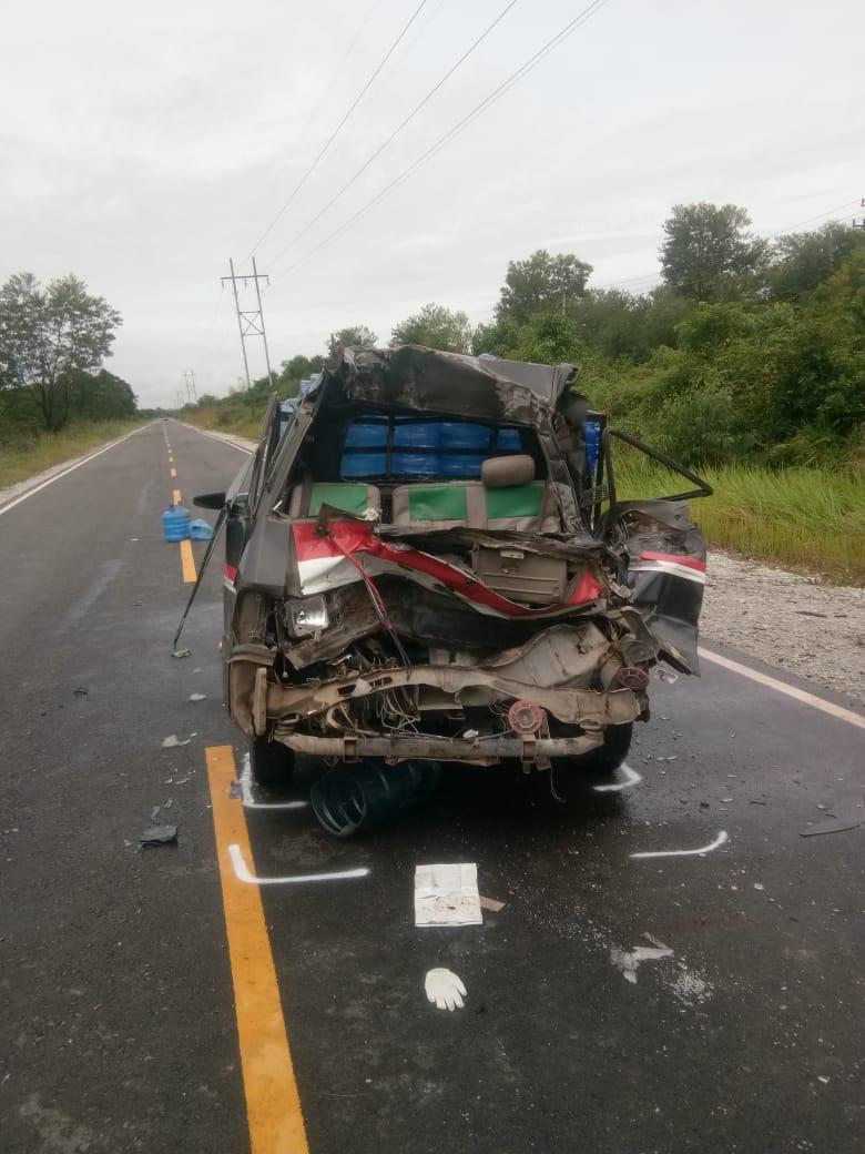 Tragis, Sopir L300 Tewas di Tempat Setelah Hantam Truk Tronton Parkir