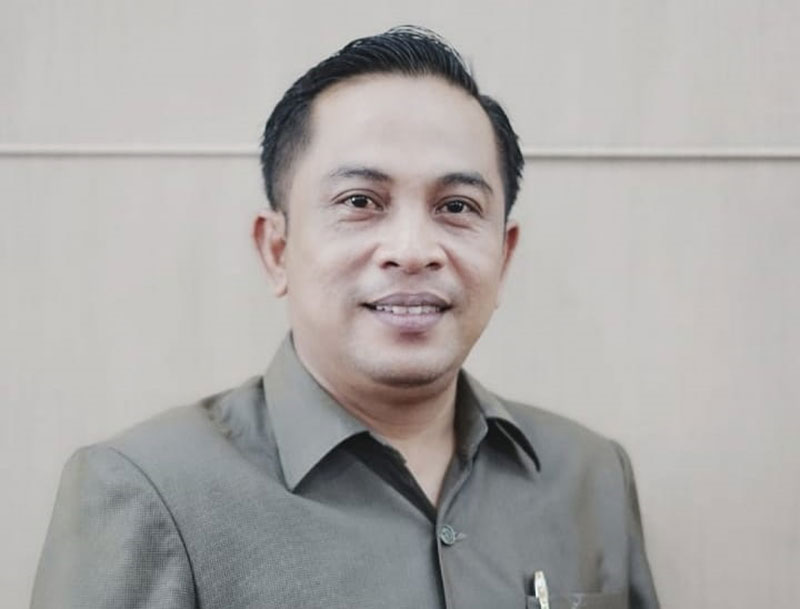 Anggota DPRD Kritik One Way 65 Titik Jalan di Meranti
