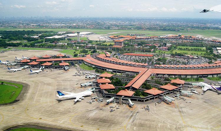 Mulai Jumat Ini Bandara Soekarno Hatta Tutup