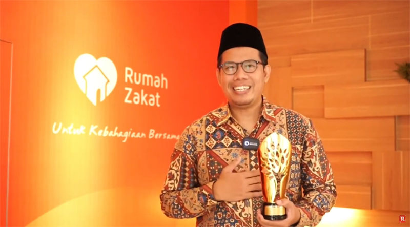 Rumah Zakat Raih Penghargaan Lembaga Filantropi Terinovatif