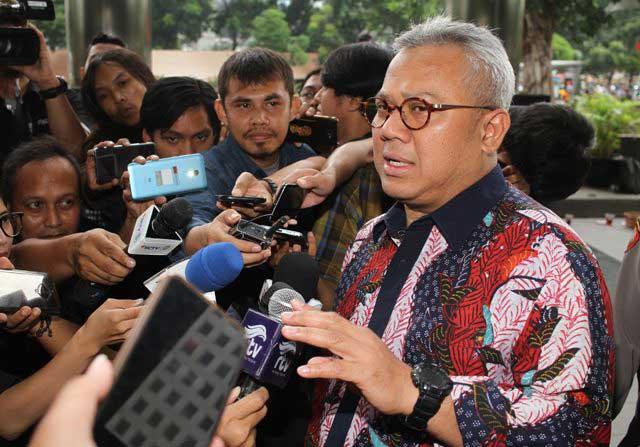 Penuhi Panggilan KPK, Ketua KPU Diperiksa soal Kasus PAW