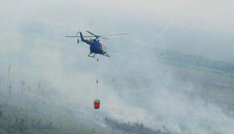 Enam Helikopter Bom Air untuk Atasi Karhutla di Riau