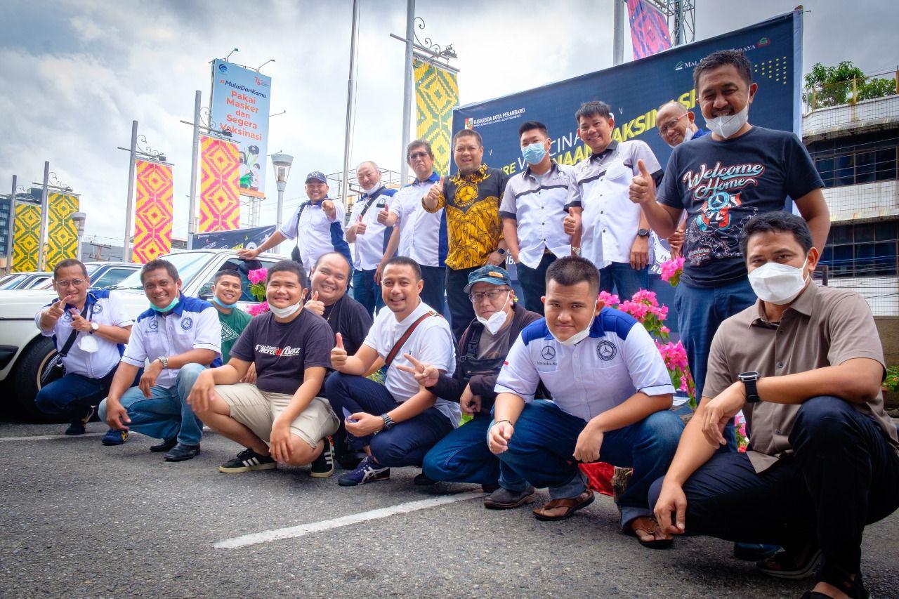 Dua Klub Mercedes-Benz di Pekanbaru Ini Gelar Vaksinasi Massal
