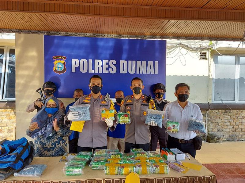 Polres Dumai Gagalkan Penyeludupan 23 Kg Sabu dan 19.937 Butir Pil Ekstasi