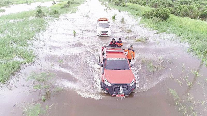 Banjir di Kampar Surut, Pelalawan Naik