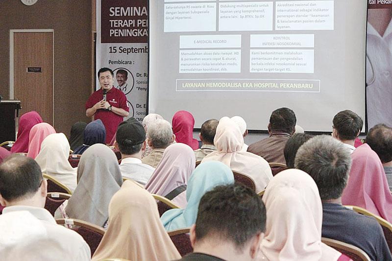 Eka Hospital Pekanbaru Taja Seminar Terapi Ginjal