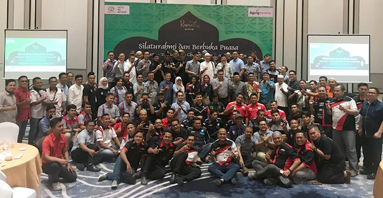 Jalin Silaturahmi Bersama Komunitas Toyota Riau