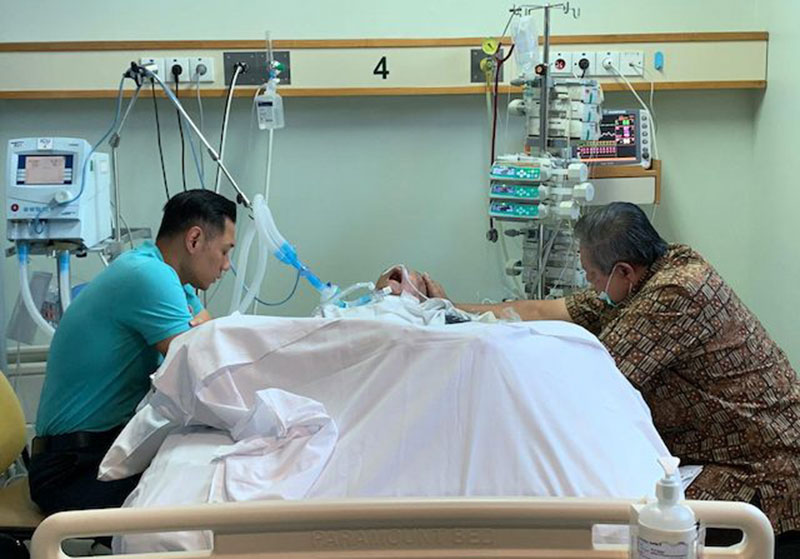 Ibunda SBY Dimakamkan di TPU Tanah Kusir