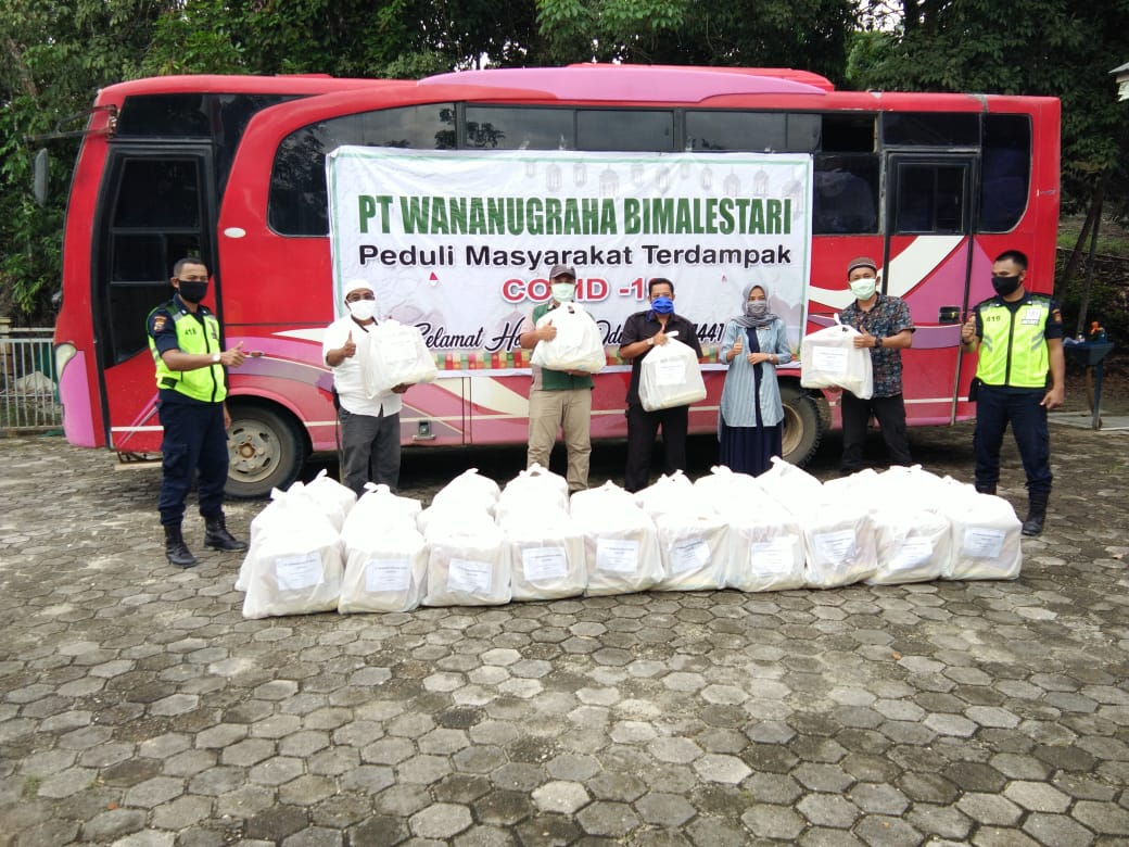Bantu Warga Terdampak Corona, PT WBL Berikan Sembako di Dua Kabupaten Ini