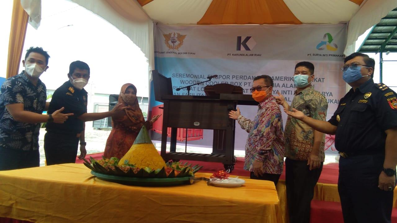 PT Karunia Alam Riau Ekspor Perdana ke Amerika Serikat