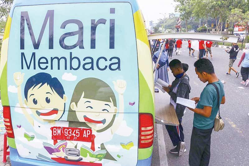 Kembangkan Intelektual Anak dengan Membaca