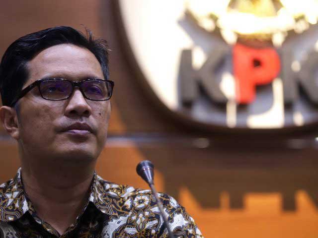 KPK Panggil Mantan Ketua DPRD dan 4 Pejabat Kampar