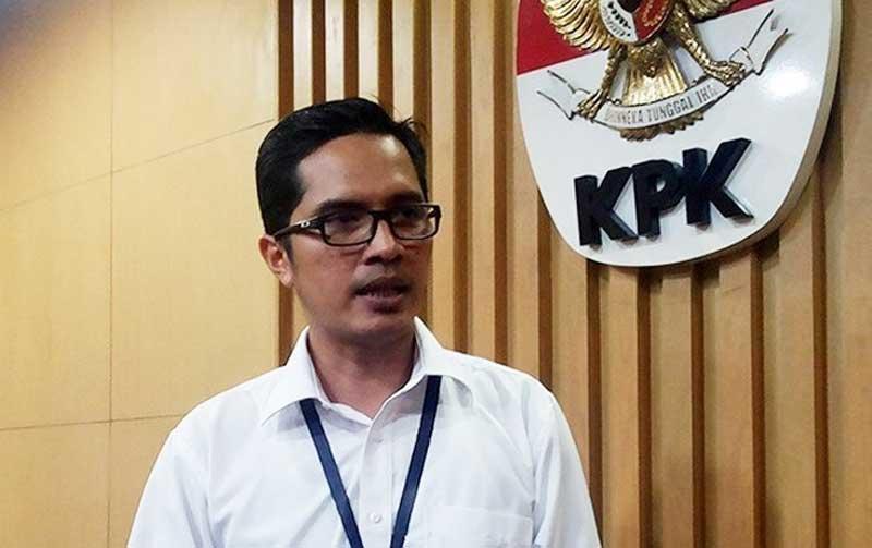 KPK Periksa Kadis PUPR Pekanbaru dan Kepala Bapenda Kampar