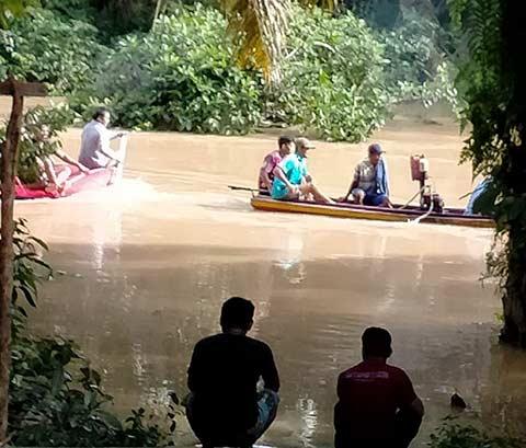 Sungai Meluap, Pencarian Korban Terkendala