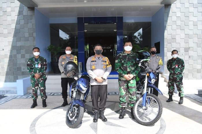Support Babinsa, Polda Riau Bantu 2 Unit Motor untuk Lanud RSN
