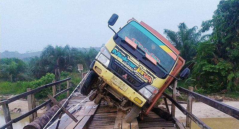 Pembangunan Jembatan di Sungai Batang Kelawaran Kembali Dianggarkan