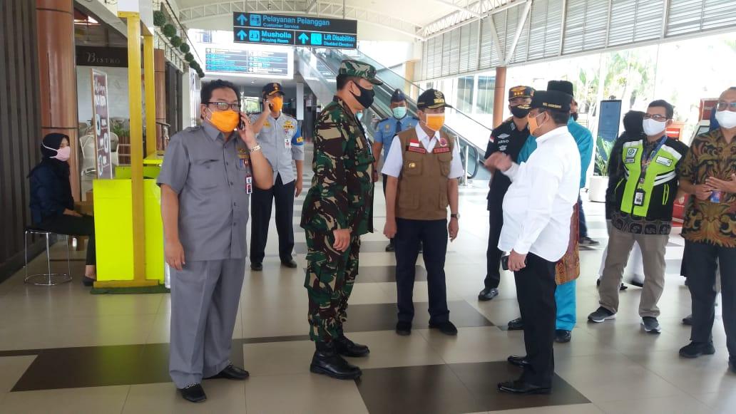 Hari Ini Bandara Sultan Syarif Kasim II Ditutup