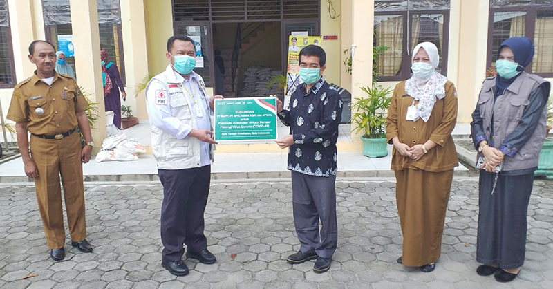 Bupati Kampar: Bantuan APD dari RAPP, APR, dan Asian Agri Ini Sangat Diperlukan