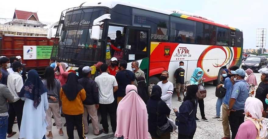 Disekat di Panam, Penumpang 2 Bus NPM dari Medan ke Sumbar Batal Mudik