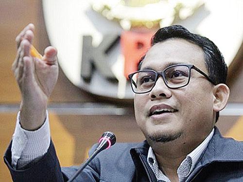 KPK Tahan Dua Tersangka Korupsi Proyek Jalan di Bengkalis