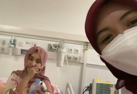 Arafah Rianti dan Fatin Shidqia Lebaran di Wisma Atlet