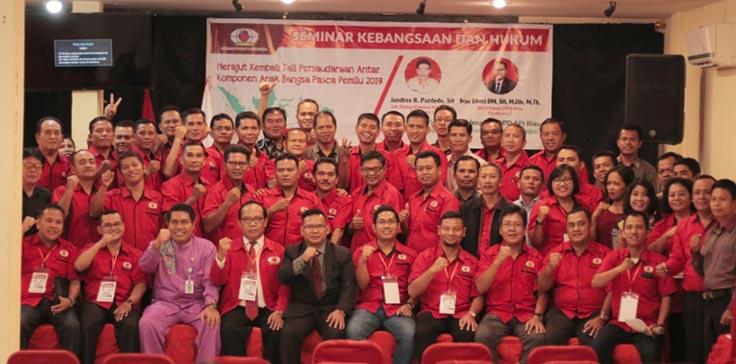 DPD API Riau Gelar Seminar Kebangsaan dan Hukum